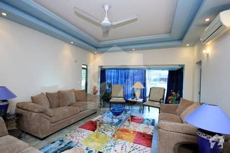 1 Kanal luxurious fully furnished house available for rent in DHA Phase 2