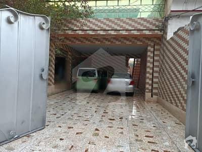حیات آباد فیز 2 - ایچ4 حیات آباد فیز 2 حیات آباد پشاور میں 10 کمروں کا 1 کنال مکان 1.2 لاکھ میں کرایہ پر دستیاب ہے۔