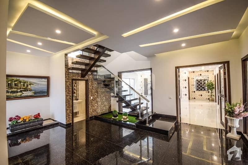 ڈی ایچ اے فیز 6 ڈیفنس (ڈی ایچ اے) لاہور میں 5 کمروں کا 1 کنال مکان 4.79 کروڑ میں برائے فروخت۔