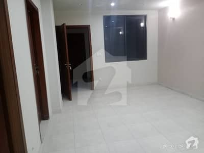 850  Square Feet Flat Ideally Situated In Faisal Town - F-18