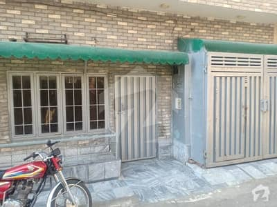 Gulberg 1125  Square Feet Lower Portion Up For Rent