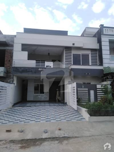 Sun Face Luxury 30x60 House For Sale In G 13