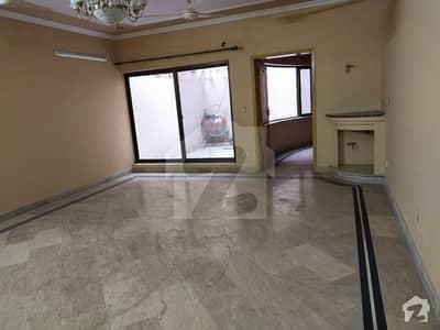 سوئی گیس سوسائٹی فیز 1 سوئی گیس ہاؤسنگ سوسائٹی لاہور میں 7 کمروں کا 1 کنال مکان 1.5 لاکھ میں کرایہ پر دستیاب ہے۔