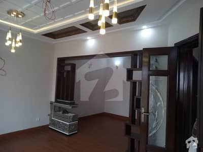 ڈی ایچ اے 11 رہبر فیز 1 ڈی ایچ اے 11 رہبر لاہور میں 4 کمروں کا 10 مرلہ مکان 2.75 کروڑ میں برائے فروخت۔