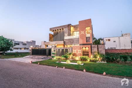 Rich More Presents Brand New 1 Kanal Mazhar Munir Design House Is Available For Sale In DHA Lahore