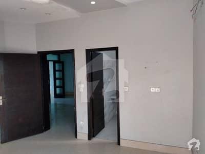 ڈی ایچ اے 11 رہبر لاہور میں 3 کمروں کا 8 مرلہ مکان 65 ہزار میں کرایہ پر دستیاب ہے۔