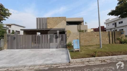 ڈی ایچ اے فیز 1 - سیکٹر بی ڈی ایچ اے ڈیفینس فیز 1 ڈی ایچ اے ڈیفینس اسلام آباد میں 5 کمروں کا 1 کنال مکان 5.25 کروڑ میں برائے فروخت۔