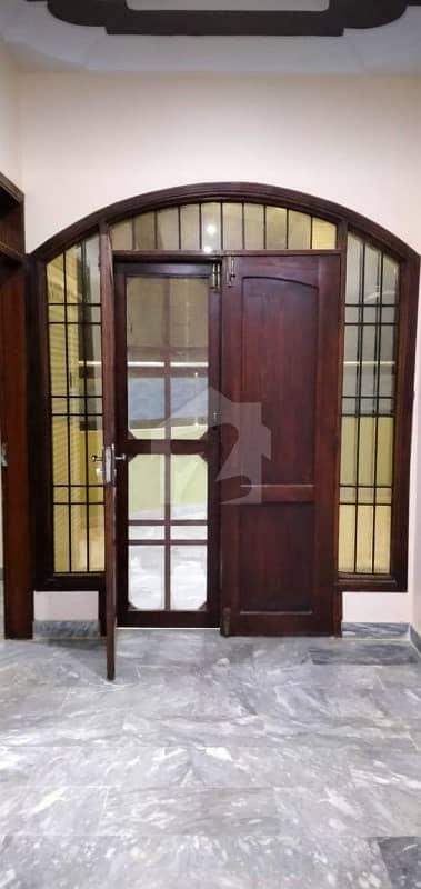گلشنِ معمار - سیکٹر وائے گلشنِ معمار گداپ ٹاؤن کراچی میں 4 کمروں کا 16 مرلہ بالائی پورشن 45 ہزار میں کرایہ پر دستیاب ہے۔
