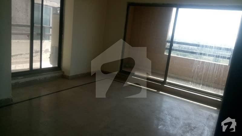 خداداد ہائیٹس ای ۔ 11/4 ای ۔ 11 اسلام آباد میں 2 کمروں کا 7 مرلہ فلیٹ 68 لاکھ میں برائے فروخت۔