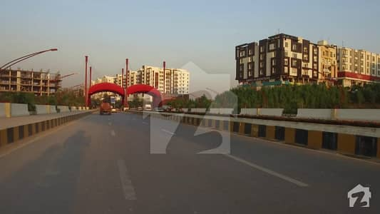 In Gulberg 8.9 Marla Commercial Plot For Sale