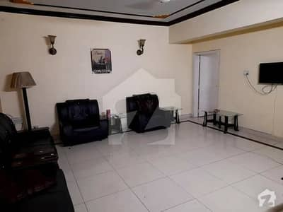 ایف ۔ 11 اسلام آباد میں 8 کمروں کا 1.33 کنال مکان 9.5 کروڑ میں برائے فروخت۔