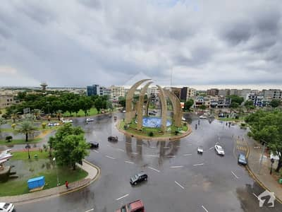 Ideally Located Building For Sale In Bahria Town Available