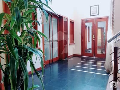 Upper Portion For Rent Situated In Gulberg