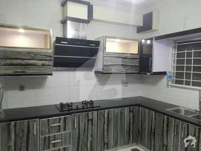 بحریہ ٹاؤن لاہور میں 5 کمروں کا 10 مرلہ مکان 68 ہزار میں کرایہ پر دستیاب ہے۔