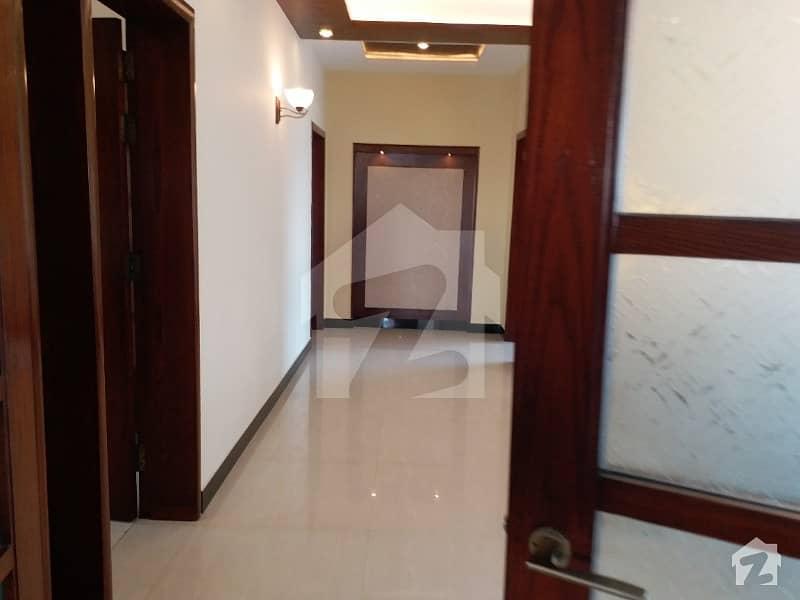 ڈی ایچ اے ڈیفینس فیز 1 ڈی ایچ اے ڈیفینس اسلام آباد میں 5 کمروں کا 1 کنال مکان 1.1 لاکھ میں کرایہ پر دستیاب ہے۔