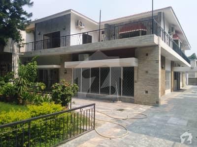 جی ۔ 6 اسلام آباد میں 2 کمروں کا 1.2 کنال بالائی پورشن 1.2 لاکھ میں کرایہ پر دستیاب ہے۔