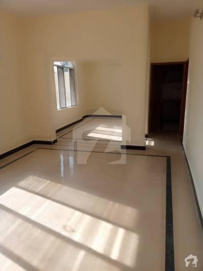 جی ۔ 9/3 جی ۔ 9 اسلام آباد میں 8 کمروں کا 14 مرلہ مکان 2.1 لاکھ میں کرایہ پر دستیاب ہے۔