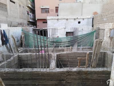 550 Square Feet Spacious Flat Available In Gizri For Sale