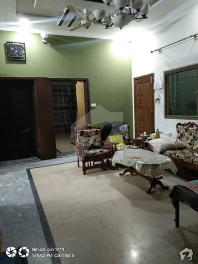 سوان گارڈن اسلام آباد میں 6 کمروں کا 11 مرلہ مکان 70 ہزار میں کرایہ پر دستیاب ہے۔