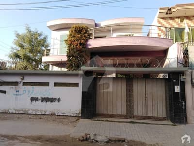 Perfect 10 Marla House In Cheema Town For Sale