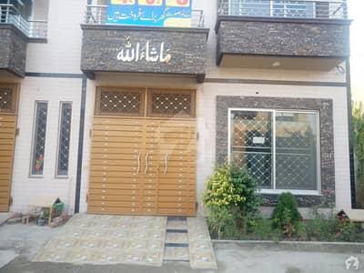غوث گارڈن - فیز 3 غوث گارڈن لاہور میں 2 کمروں کا 3 مرلہ مکان 13 ہزار میں کرایہ پر دستیاب ہے۔