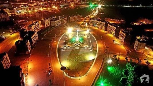 بحریہ انکلیو بحریہ ٹاؤن اسلام آباد میں 8 مرلہ کمرشل پلاٹ 4.6 کروڑ میں برائے فروخت۔