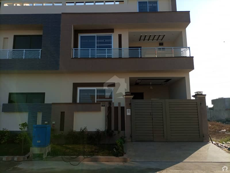 5 Marla House For Sale In DC Colony