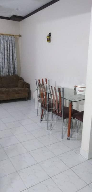 سحر کمرشل ایریا ڈی ایچ اے فیز 7 ڈی ایچ اے کراچی میں 2 کمروں کا 4 مرلہ فلیٹ 88.5 لاکھ میں برائے فروخت۔