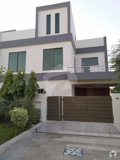 7 Marla Corner Used  Well Maintained House At Low Price Sector C Bahria Town Lahore
