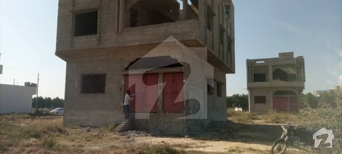 House In Cantt Sized 1080  Square Feet Is Available