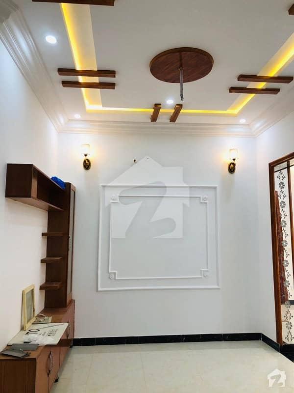 ملتان روڈ لاہور میں 1 کمرے کا 1 مرلہ فلیٹ 18 لاکھ میں برائے فروخت۔