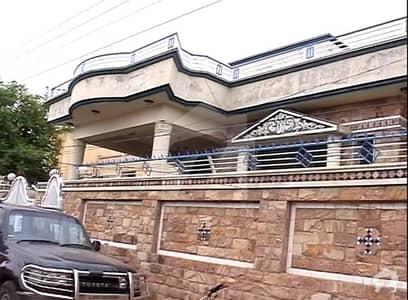 علامہ اقبال روڈ میر پور میں 6 کمروں کا 2 کنال مکان 2.9 کروڑ میں برائے فروخت۔