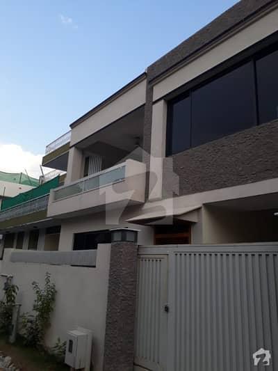جی ۔ 10 اسلام آباد میں 5 کمروں کا 7 مرلہ مکان 1.1 لاکھ میں کرایہ پر دستیاب ہے۔