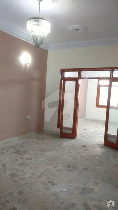 بفر زون سیکٹر 15-A / 3 بفر زون نارتھ کراچی کراچی میں 2 کمروں کا 5 مرلہ زیریں پورشن 24 ہزار میں کرایہ پر دستیاب ہے۔