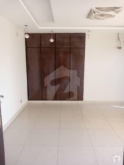 بحریہ ٹاؤن فیز 7 بحریہ ٹاؤن راولپنڈی راولپنڈی میں 2 کمروں کا 5 مرلہ فلیٹ 35 ہزار میں کرایہ پر دستیاب ہے۔