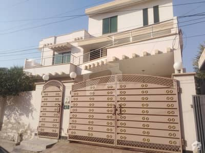 2700  Square Feet House Is Available In Model Town A