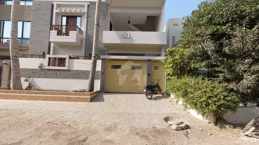 House For Sale Situated In Gulshan-e-Iqbal Town