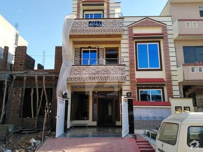 Brand New Solid Construction Beautiful 25x40 House For Sale In G-13