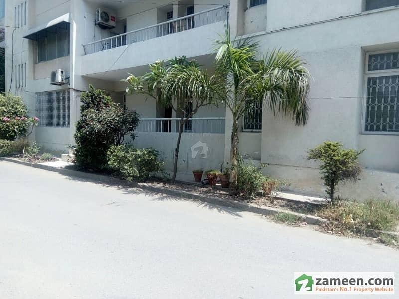 Askari 5 - Corner Ground Floor 3 Beds Apartment For Sale At 2250 Sq Feet