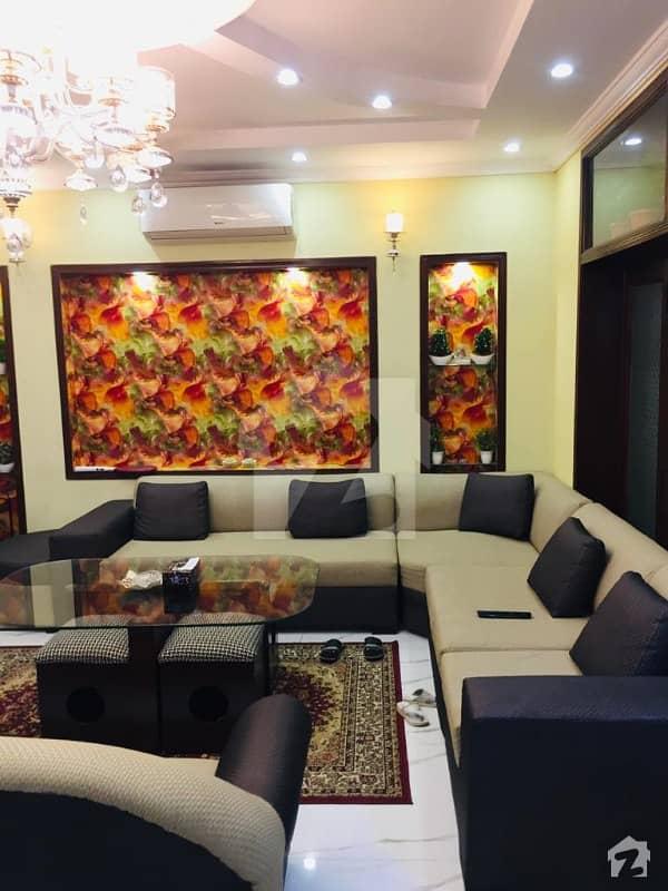 بحریہ ٹاؤن اقبال بلاک بحریہ ٹاؤن سیکٹر ای بحریہ ٹاؤن لاہور میں 5 کمروں کا 10 مرلہ مکان 2.35 کروڑ میں برائے فروخت۔