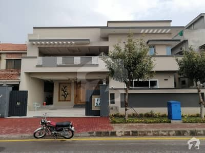 Bahria Town Luxury 1 Kanal House For Sale