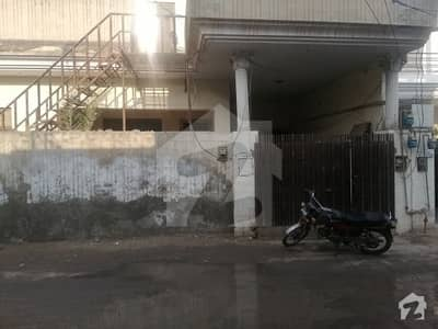 شادمان کالونی سرگودھا میں 6 کمروں کا 9 مرلہ مکان 2 کروڑ میں برائے فروخت۔