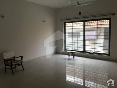 Lavish Location One Kanal Upper Portion Are Available For Rent In Phase 4