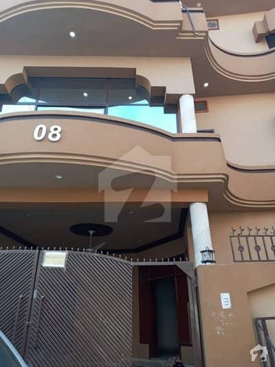 گلبرگ اسلام آباد میں 8 کمروں کا 10 مرلہ مکان 2.3 کروڑ میں برائے فروخت۔