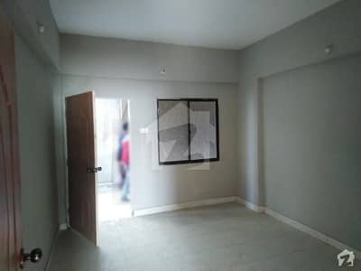 768  Square Feet Flat Available For Sale In Latifabad