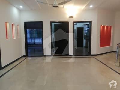 ڈی ایچ اے ڈیفینس فیز 1 ڈی ایچ اے ڈیفینس اسلام آباد میں 3 کمروں کا 1 کنال بالائی پورشن 55 ہزار میں کرایہ پر دستیاب ہے۔