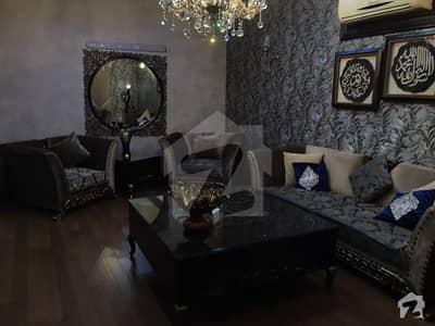فریرے ٹاؤن کراچی میں 3 کمروں کا 9 مرلہ فلیٹ 4.25 کروڑ میں برائے فروخت۔