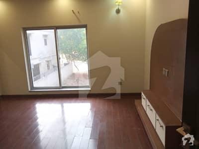 بحریہ ٹاؤن اوورسیز B بحریہ ٹاؤن اوورسیز انکلیو بحریہ ٹاؤن لاہور میں 5 کمروں کا 10 مرلہ مکان 2.19 کروڑ میں برائے فروخت۔