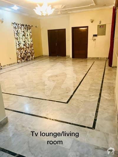 گلستانِِ جوہر ۔ بلاک 2 گلستانِ جوہر کراچی میں 3 کمروں کا 16 مرلہ زیریں پورشن 60 ہزار میں کرایہ پر دستیاب ہے۔