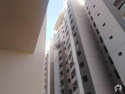 صائمہ رائل ریزیڈینسی راشد منہاس روڈ کراچی میں 2 کمروں کا 4 مرلہ فلیٹ 43 ہزار میں کرایہ پر دستیاب ہے۔